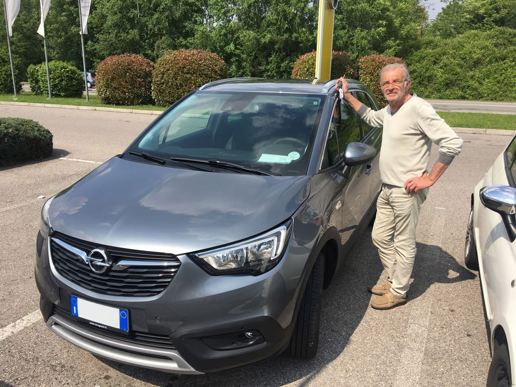 Opel Crossland Innovation e Angelo
